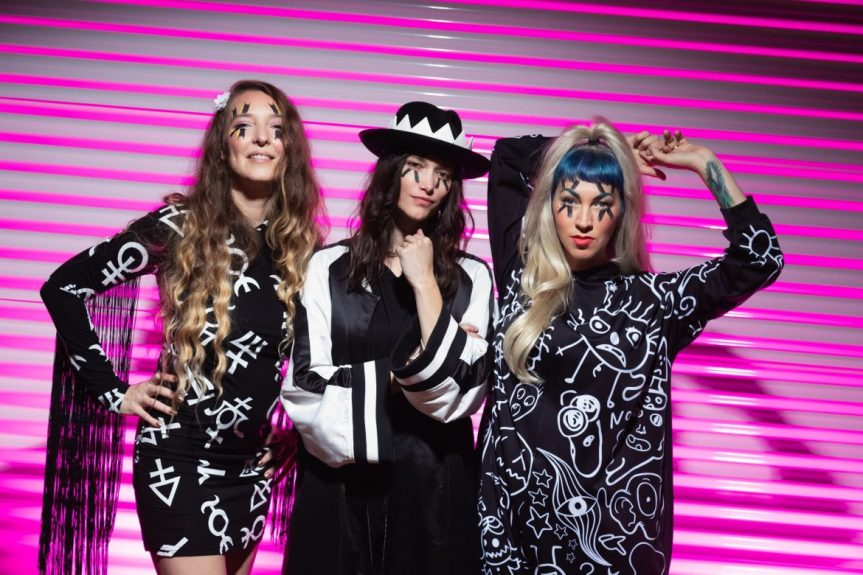 "TODAY'S SONG: THE DEAD DEADS GET BEAUTIFULLY MONSTROUS ON ""DEAL WITH ME"""