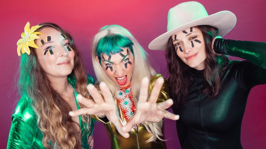 INTERVIEW: THE DEAD DEADS' 'DAISY DEAD' RESURRECTS THE HISTORY OF HER JAW-DROPPING BAND AHEAD OF 'TELL YOUR GIRLS IT'SALRIGHT'
